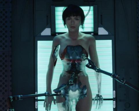 ghostintheshell-scarlettjohansson-cyborgbody